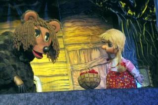 """""""Машенька и медведь"""""""